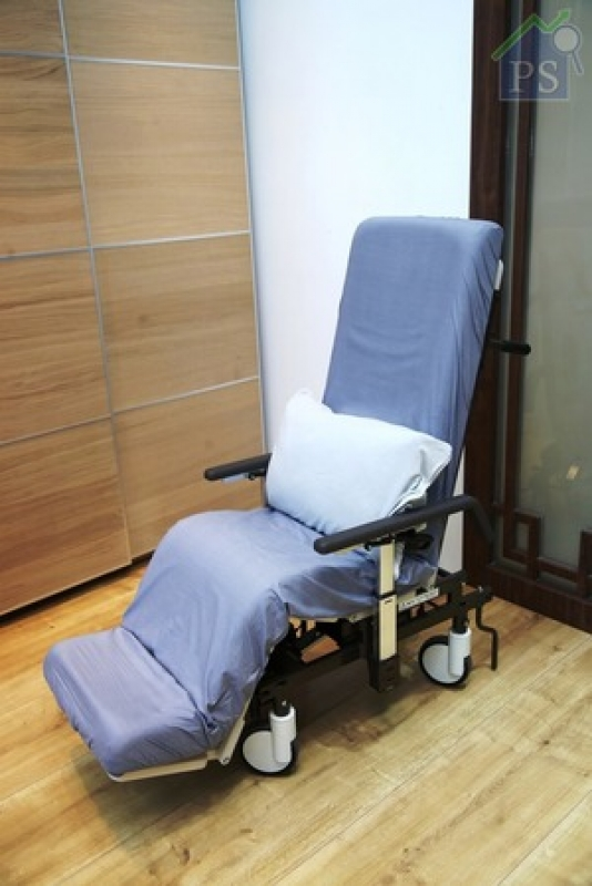 分體出來的電動輪椅只適合室內使用