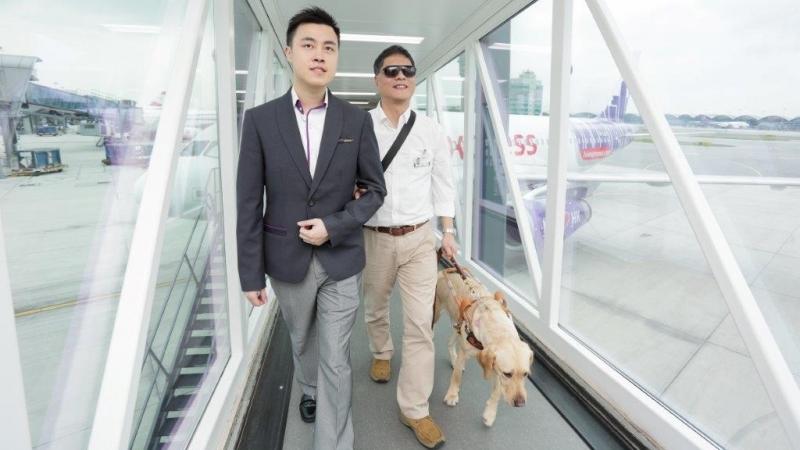 坐飛機無障礙 導盲犬免費坐廉航