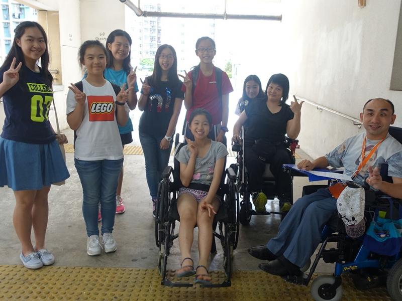 公眾教育 - 體驗殘疾生活的一天