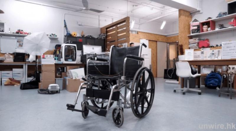 安裝在手動輪椅的底部,即可變電動