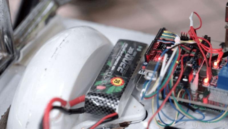採用模型電作主要供電來源