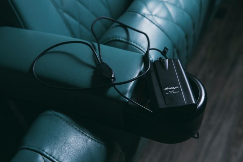 聽障人士的輔助儀器,需與他們的助聽器同用,調校至T Mode可接收電影原本的聲道,免卻助聽器將影院其他雜音擴大,影響觀影