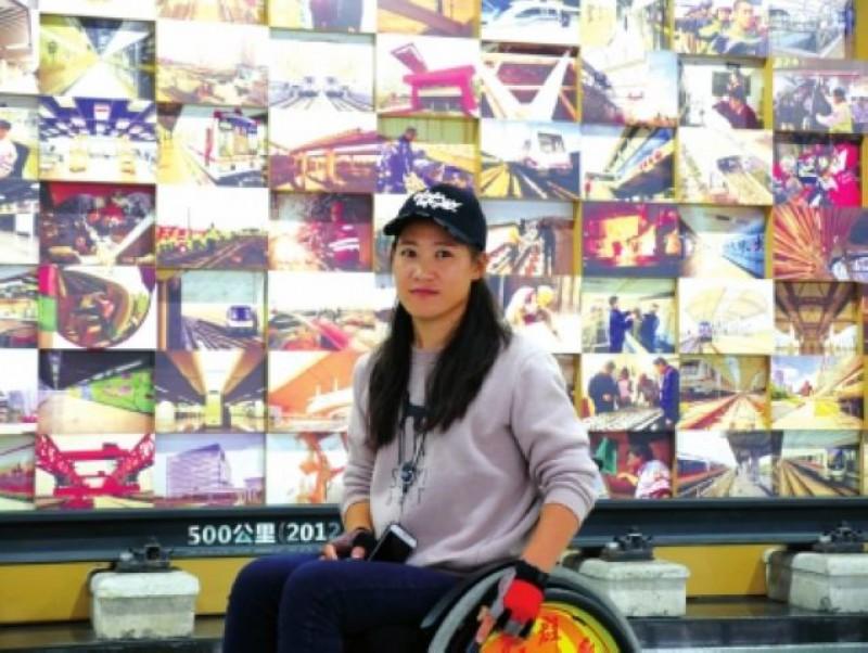 輪椅跑者征戰蘭馬賽道 細數殘疾人跑馬那些事