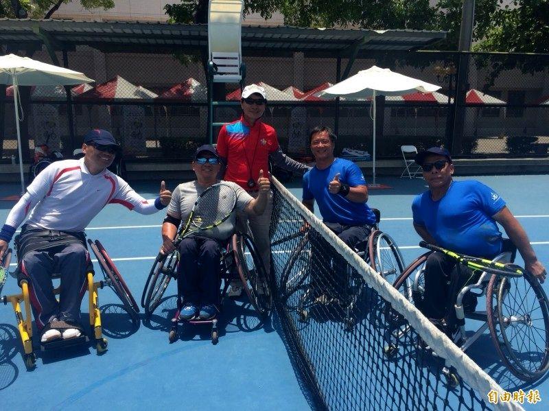 新竹市身障選手今年在全國身障運動會奪下9金,其中網球團體已連續4年拿到金牌,傲視其他縣市選手...