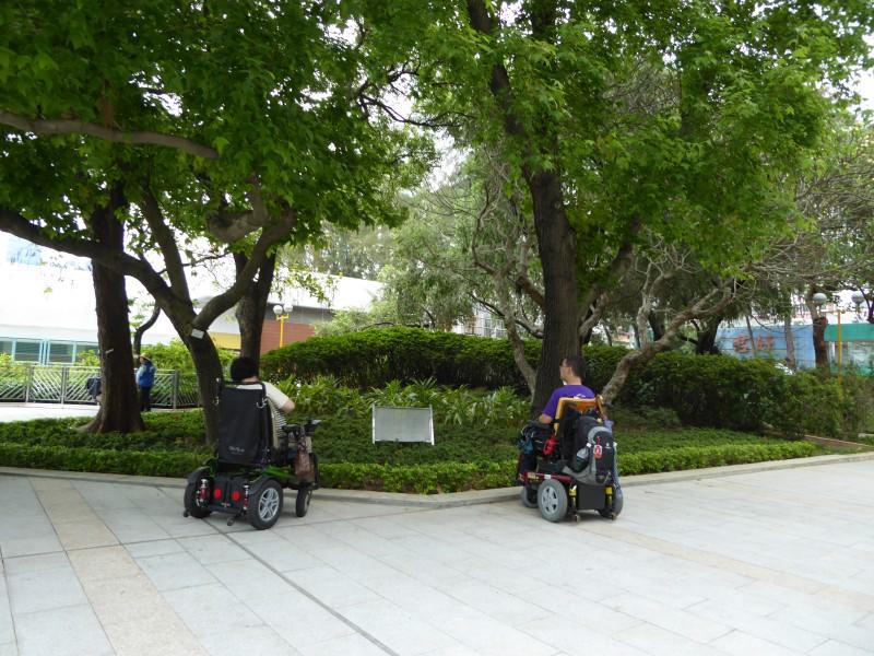 深水埗公園紀念碑