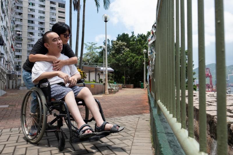 二人也會經常一起外出,輪椅沒有為他們帶來很多的阻礙。