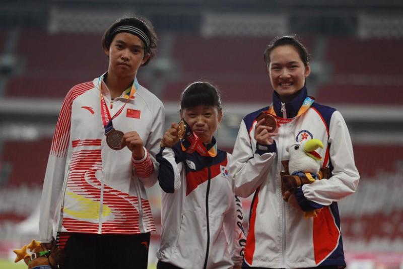 200米跑銅牌