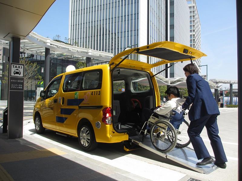 【日系護老誌】長者出行無障礙:介護福祉車幫埋你落床?