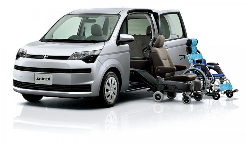 日本豐田出產的另一款福祉車,輪椅可直接進入