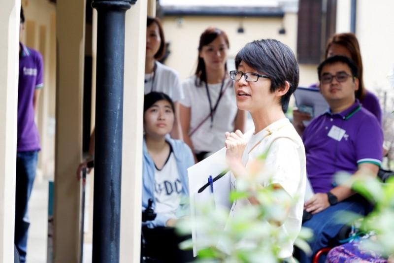 Green Hub導賞員Stella細心講解舊大埔警署的歷史