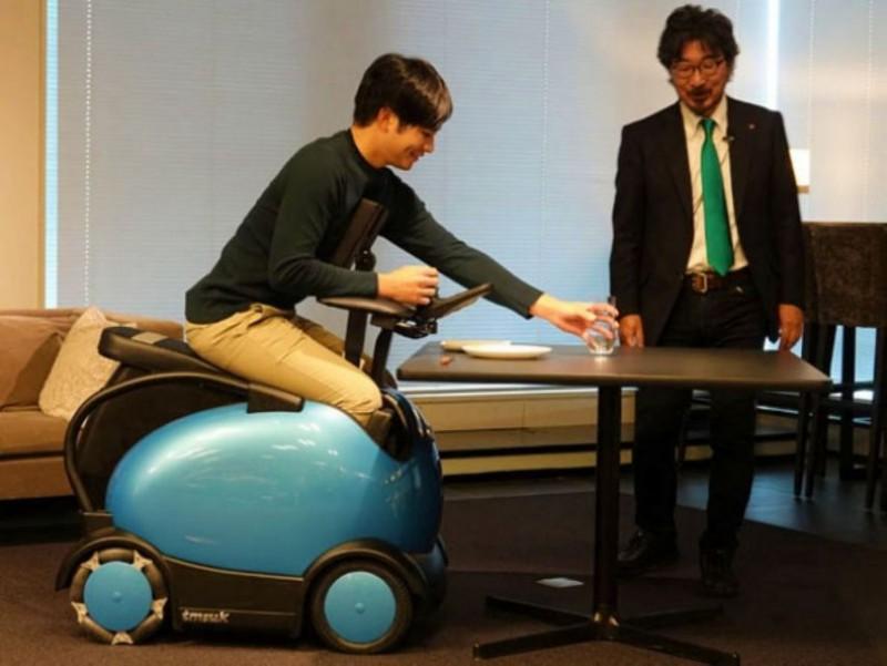 「 RODEM 」可調節座椅讓行動不便者的手臂延伸活動範圍變廣
