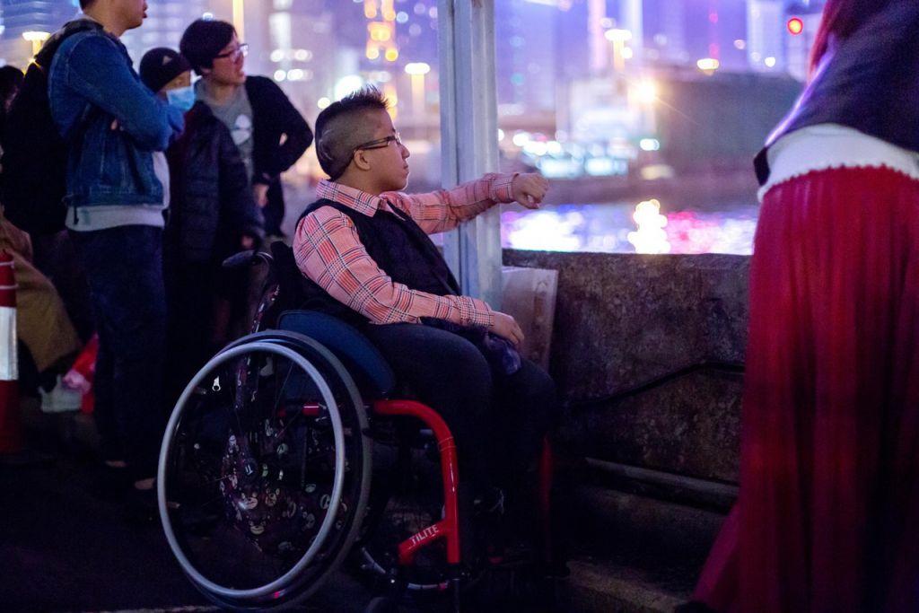 「被困」在輪椅上的這個想法,在大節日裏會更加明顯