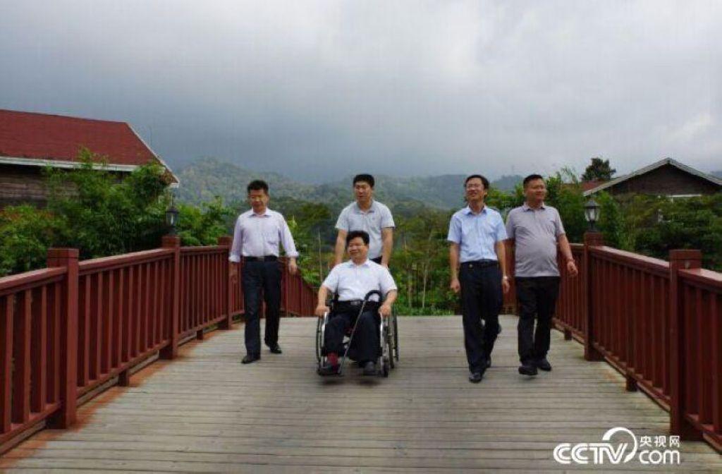 2014年11月,孙建博到海南调研国有林场改革