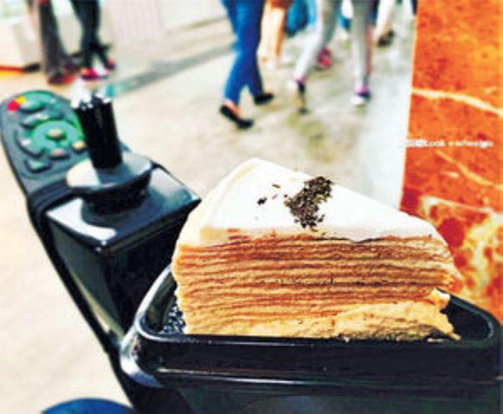 素嬣不怕多人擠迫,曾試過去美食展歎伯爵茶千層蛋糕