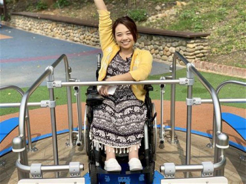 坐輪椅的芭比/4歲就癱瘓…正妹歷經恐怖噩夢 現況超驚人