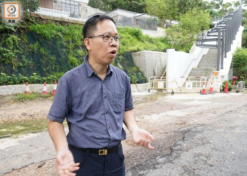 陳繼偉質疑寶琳南路的交通配套未能配合旅遊發展