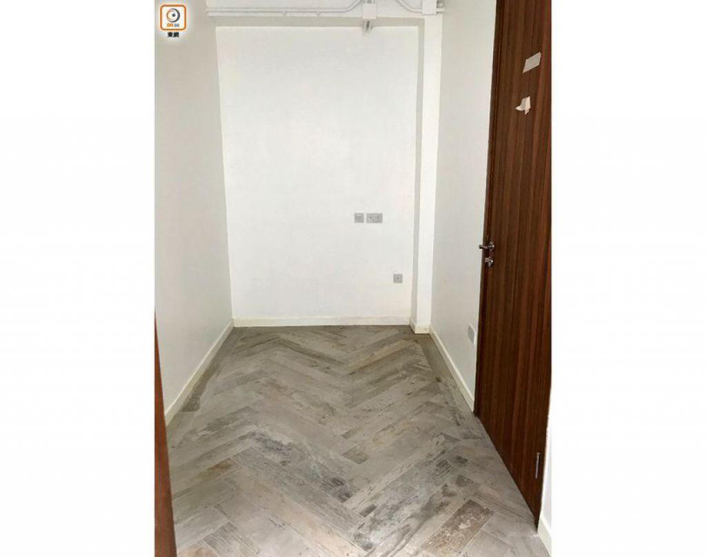 旅舍提供的2間無障礙客房面積細小