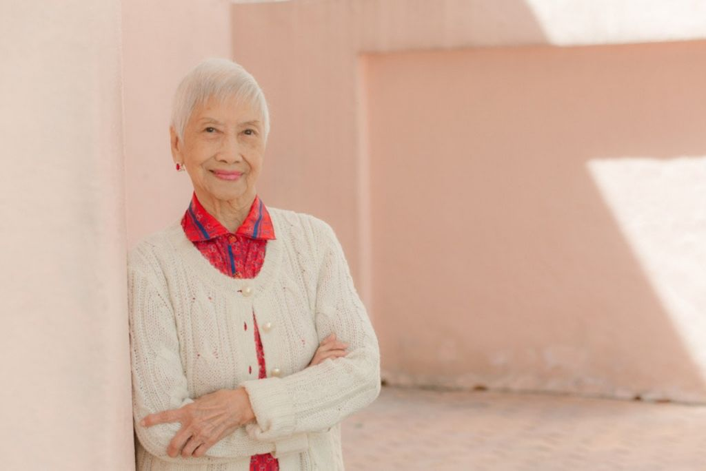 1923年出生的Alice,是全香港最老的模特兒,即使年屆96歲,Alice仍然展現優雅的面貌和自信的笑容