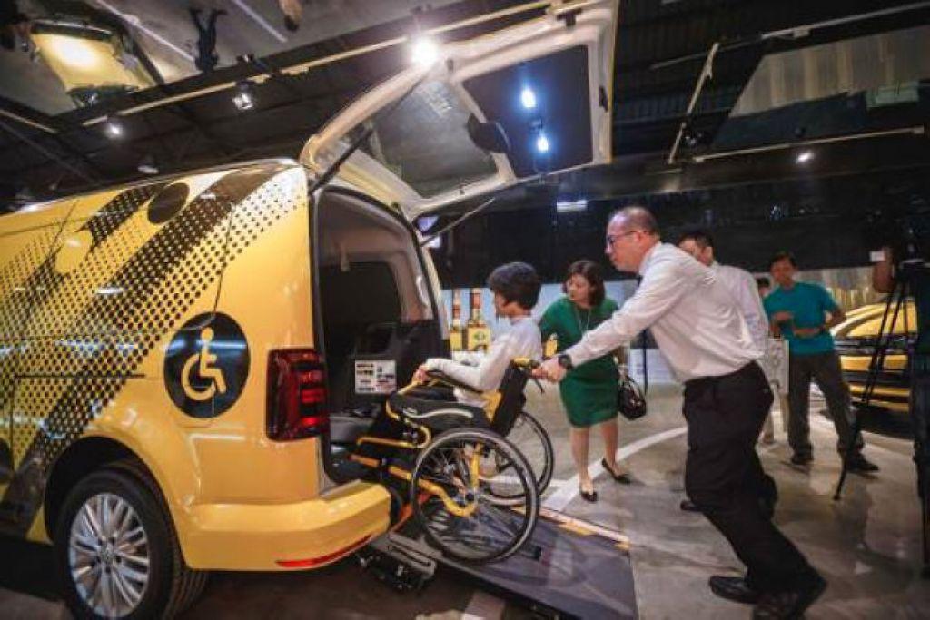 高雄設計節六大生活領域之「行」單元與福斯汽車合作打造Hello Kab未來無障礙計程車系統。