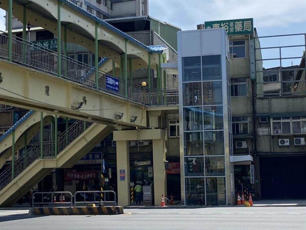 三重重陽路橋3個上下階梯處都增設電梯