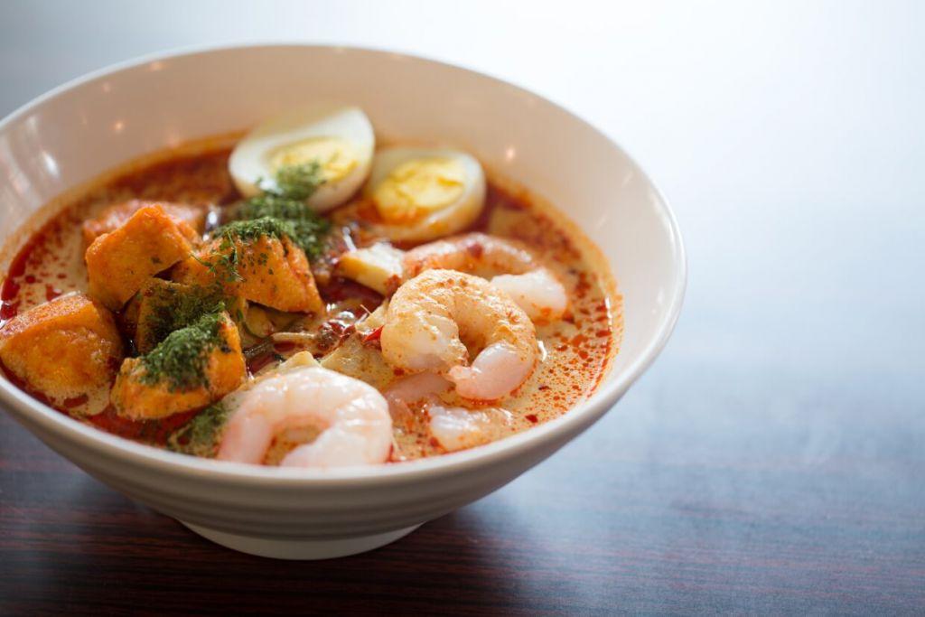叻沙蝦麵 // 蝦湯底需時三日才熬煮而成,濃郁可口,是現時店內最熱賣的菜式。($58)