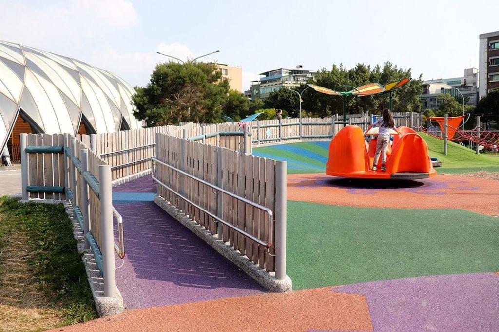 公園革命:日本媽媽被台北「共融式遊戲場」的魅力深深吸引