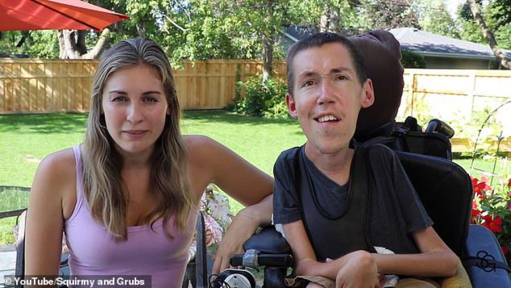 """肌肉萎縮的SLAMS保險公司被輪椅束縛的男子被拒絕使用價值5萬美元的機械臂,這將使他能夠照顧自己,因為這是""""方便"""""""