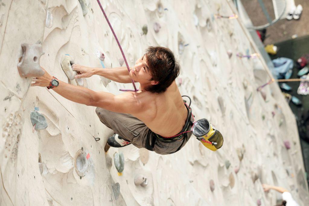 香港第一位能登上世界排名第八的攀石運動員