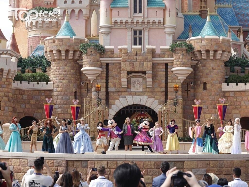 香港迪士尼樂園新城堡「奇妙夢想城堡」去年11月開幕。