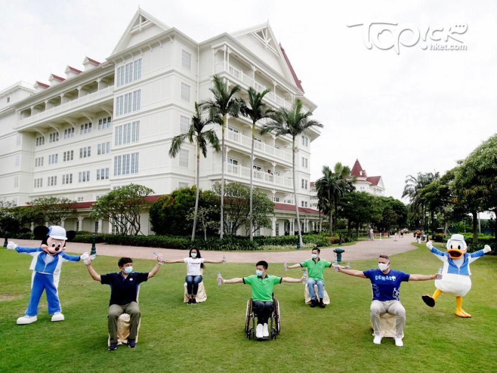 香港迪士尼樂園捐出130萬元予香港傷殘青年協會傷青動力學堂舉辦為期兩年半的傷健共融項目「動力社區齊起動」計劃。