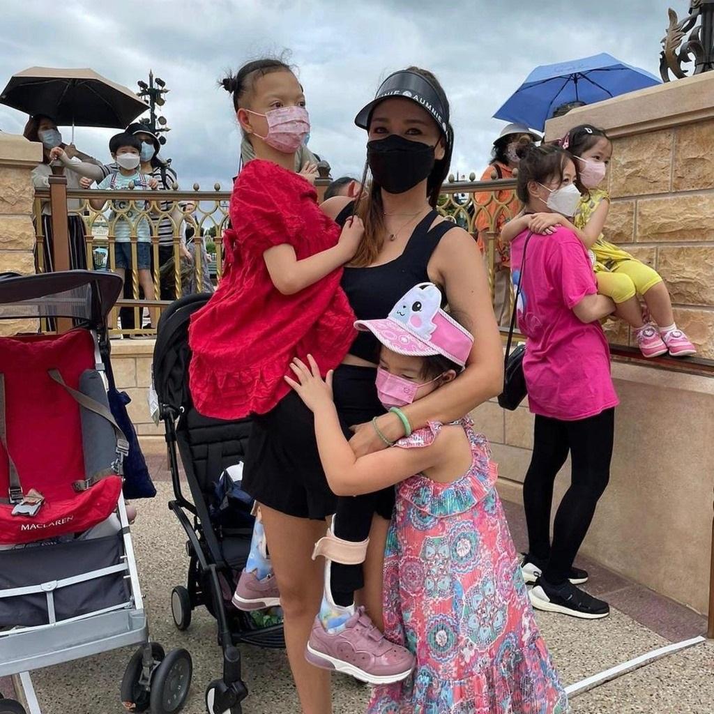 一家人到迪士尼Staycation。