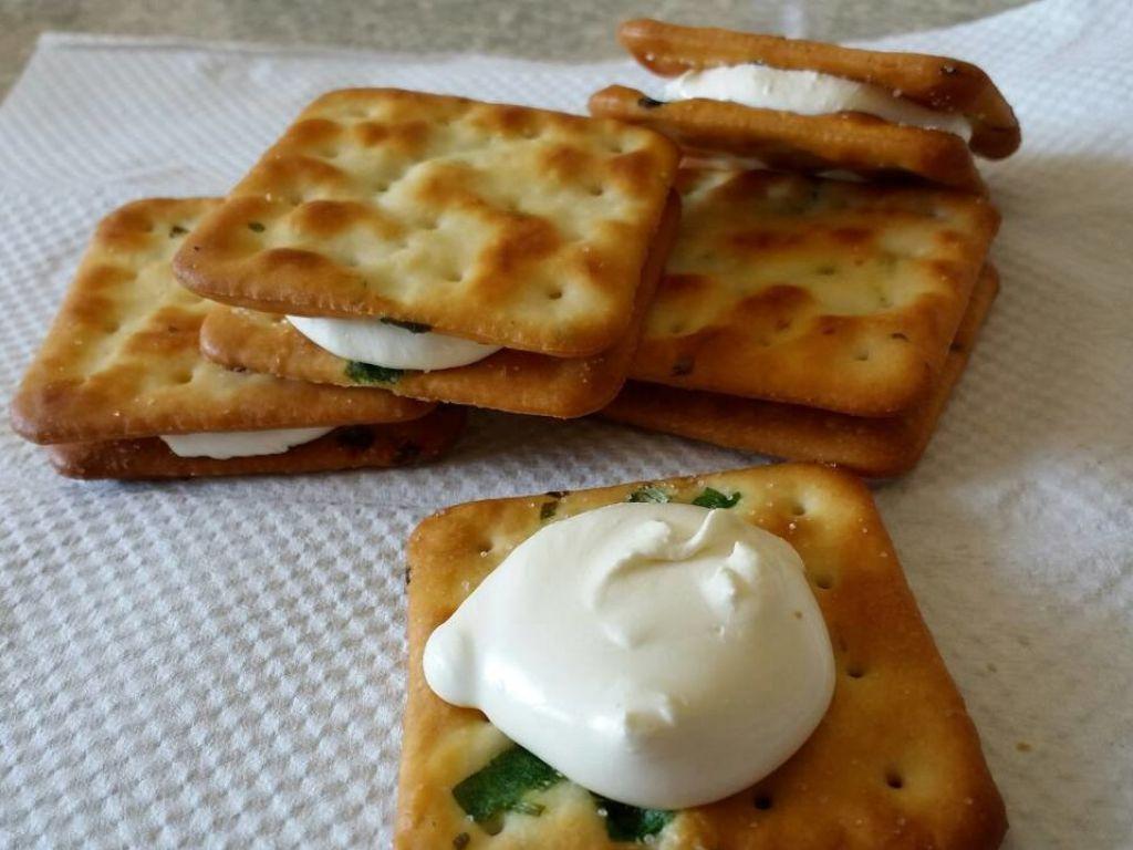 林家稷媽媽愛心手工餅乾。(facebook圖片)