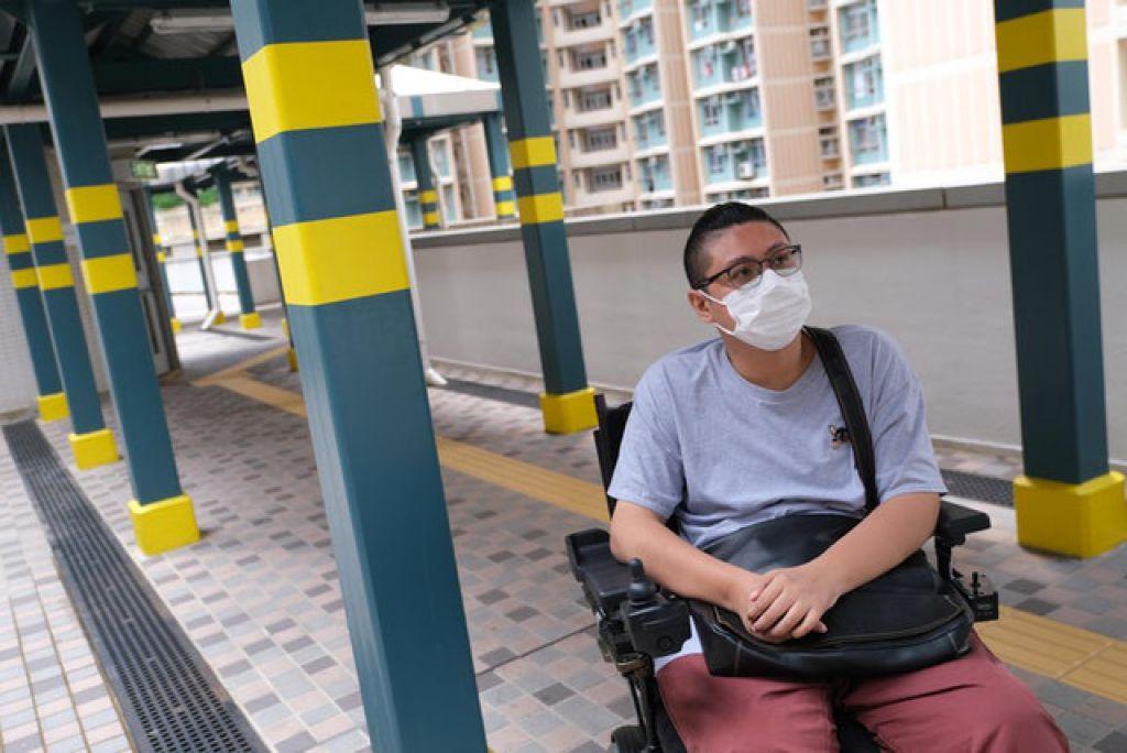蘇永通今年33歲,16年前在泳池不小心摔倒,頸椎受傷致癱,從此需靠輪椅代步。