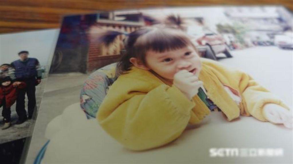 錢虹安兒時照片。