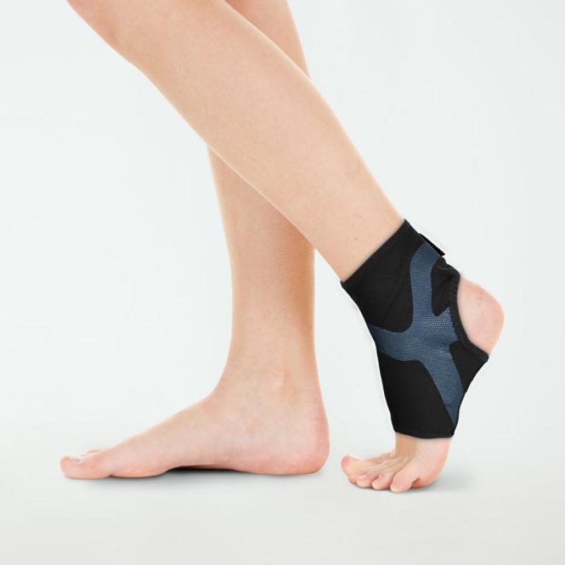超肌感貼紮護踝 CT-12512