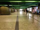升降機往大堂的通道